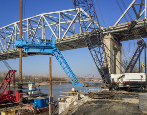 a_hd_i69_bridge_